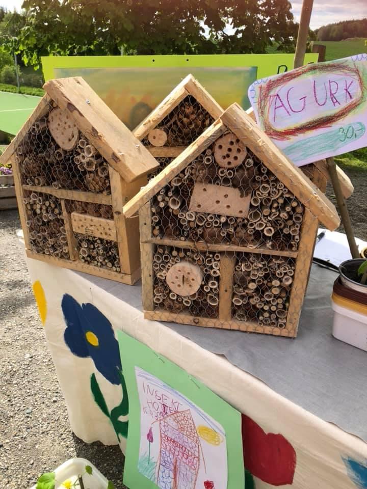 Håndlaget insektshotell fra vårmarkedet på Steinerskolen i Askim 2019