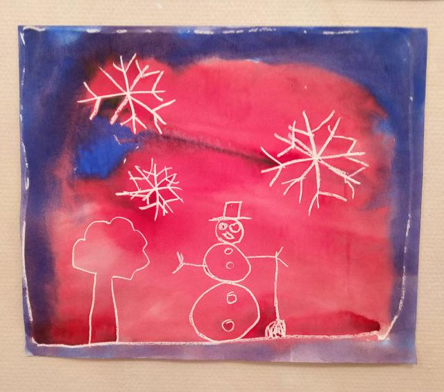 Snømann og stjerner - kunst fra 2.klasse Steinerskolen i Indre Østfold